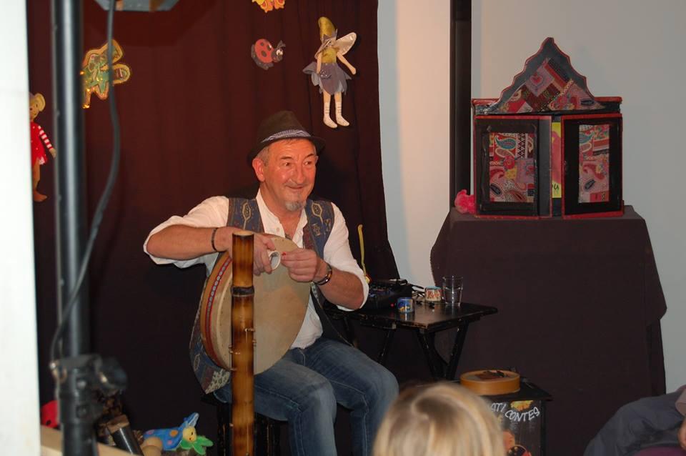 asticontes au festival de l'enfance Landerneau octobre 2014