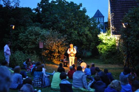 contes aux pique niques kerhorre au Carmel juillet 2016