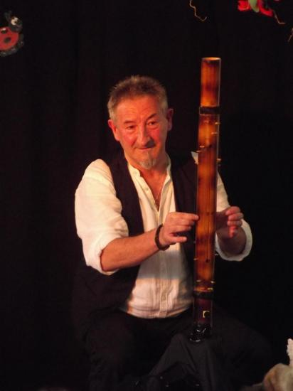 LE VALIHA (harpe malgache)