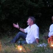 la magie des lanternes au crepuscule