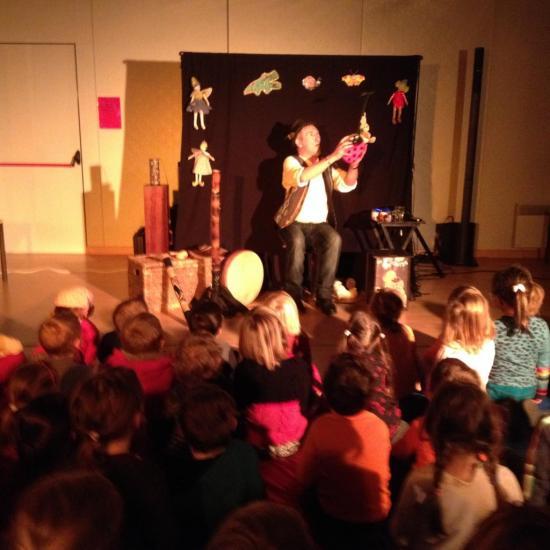 Les Asticontes à l'école maternelle. février 2015