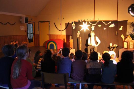 contes pour une classe multiniveaux à Locmélar décembre 2013